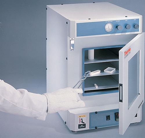 VO1218SA: Lindberg/Blue M Vacuum Oven 42.5L - Stainless Steel